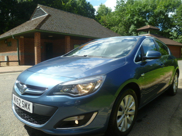VAUXHALL ASTRA 2.0 ELITE CDTI S/S 5DR Manual