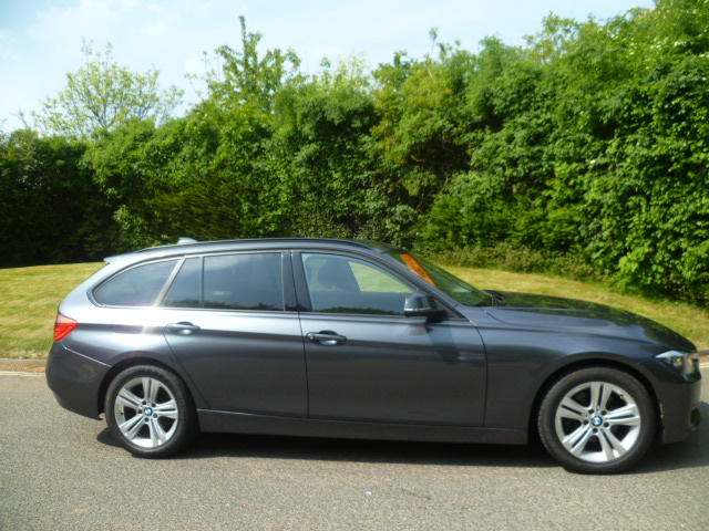 BMW 3 SERIES 2.0 320D SPORT TOURING 5DR Manual