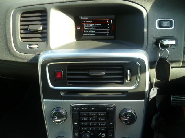 VOLVO V60 1.6 DRIVE R-DESIGN S/S 5DR Automatic