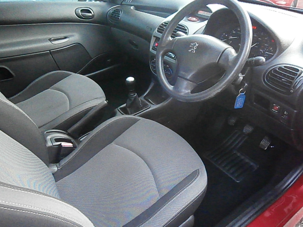 PEUGEOT 206 1.4 URBAN 3DR Manual