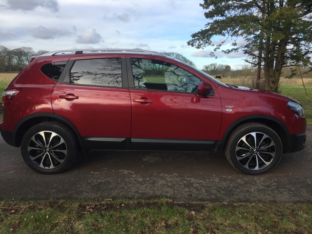 NISSAN QASHQAI 1.5 N-TEC PLUS DCI 5DR Manual