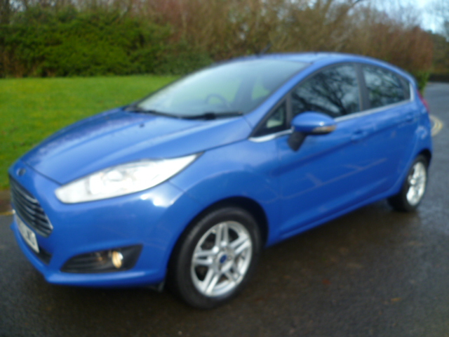 FORD FIESTA 1.2 ZETEC 5DR Manual