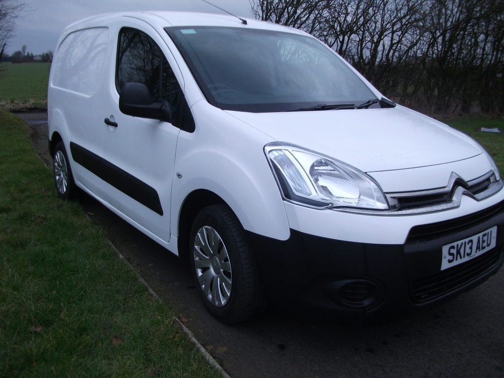 citroen berlingo 1 6 625 lx l1 hdi manual for sale in ormskirk bennett van sales. Black Bedroom Furniture Sets. Home Design Ideas