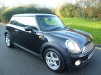 MINI HATCH 1.6 ONE 3DR Manual