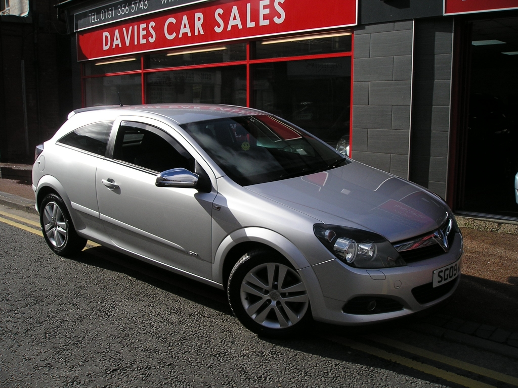 VAUXHALL ASTRA 1.4 SXI 3DR Manual For Sale in Ellesmere ...