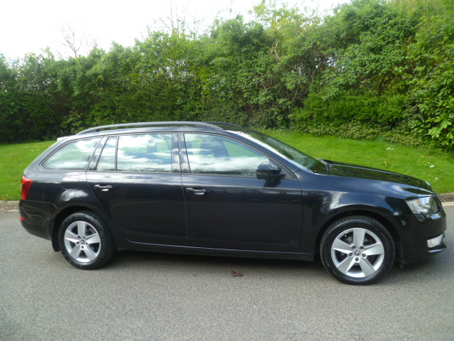 SKODA OCTAVIA 1.6 SE TDI CR 5DR Manual