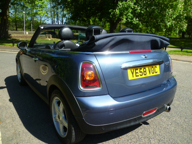 MINI CONVERTIBLE 1.6 COOPER 2DR Manual