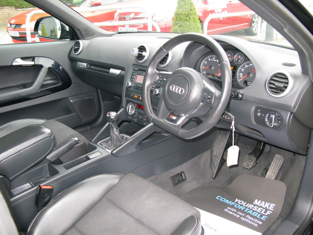 AUDI A3 1.8 TFSI S LINE SPECIAL EDITION 3DR Manual