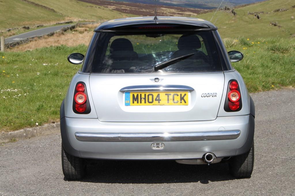 mini hatch 1 6 cooper 3dr manual for sale in bradford 2004 Mini Cooper Ratings Blue Mini Cooper 04