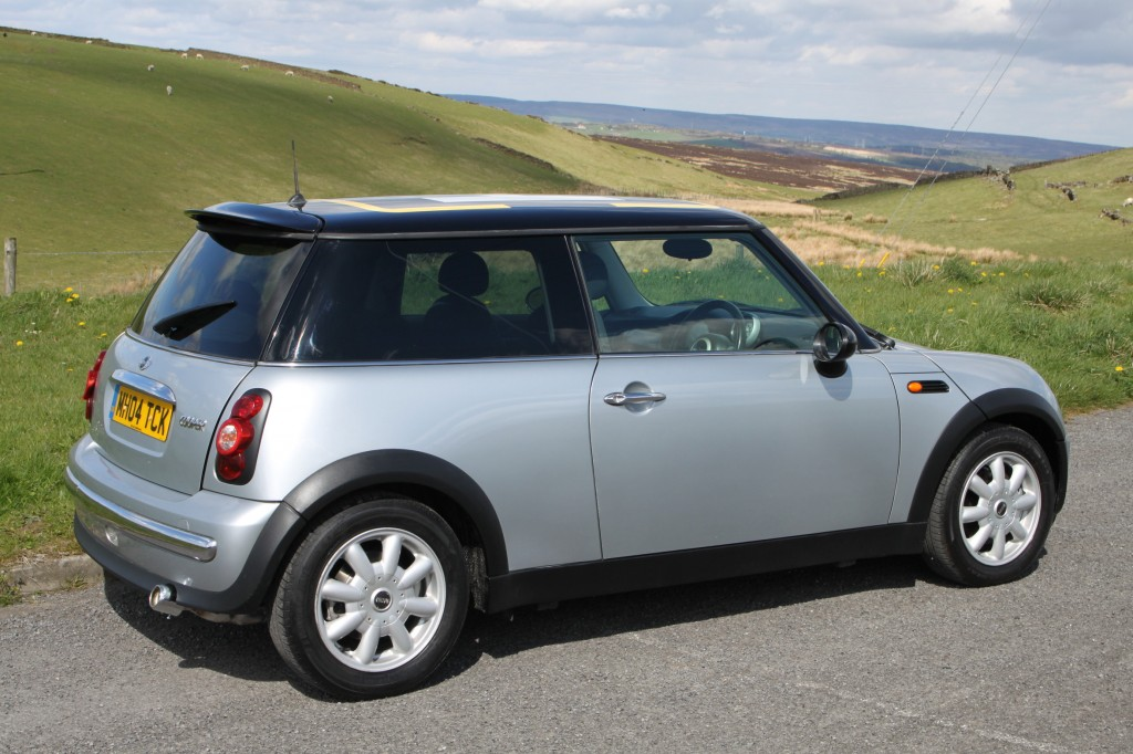 mini hatch 1 6 cooper 3dr manual for sale in bradford mini cooper 04 manual Black Mini Cooper 04