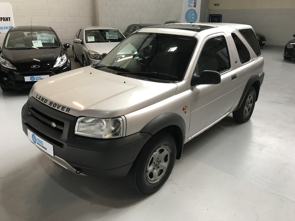 LAND ROVER FREELANDER 1.8 S HARDBACK 3DR Manual