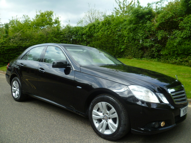 MERCEDES-BENZ E-CLASS 2.1 E200 CDI BLUEEFFICIENCY SE 4DR Automatic