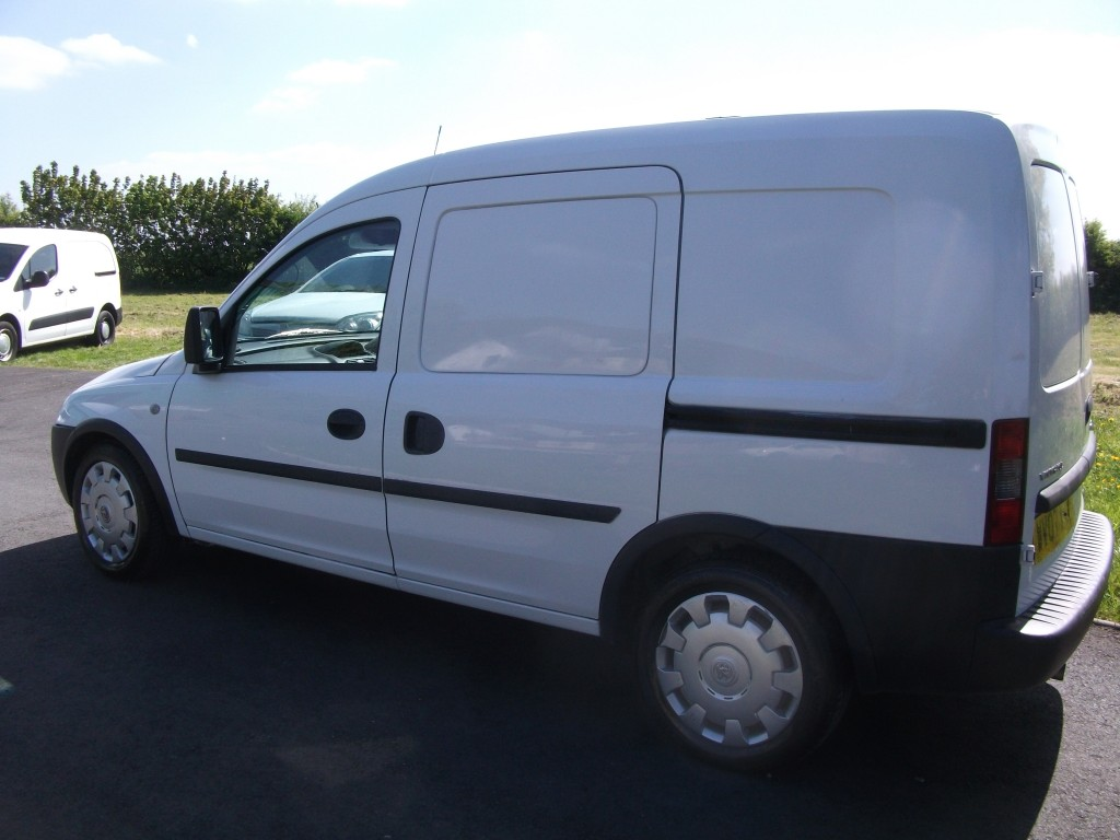 VAUXHALL COMBO DIESEL Car Derived Van 1.2 2000 CDTI Manual