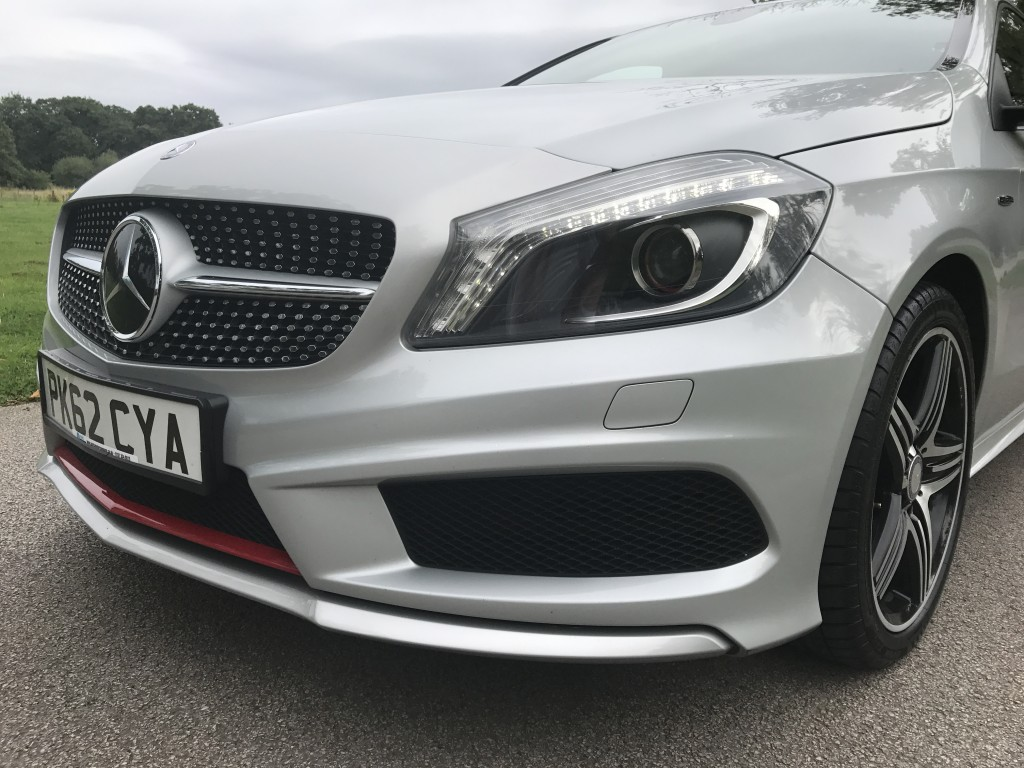 MERCEDES-BENZ A-CLASS 2.0 A250 BLUEEFFICIENCY ENGINEERED BY AMG 5DR Automatic