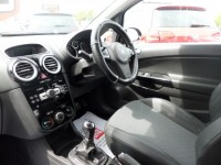 VAUXHALL CORSA 1.2 DESIGN CDTI 3DR Manual