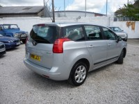 PEUGEOT 5008 1.6 HDI ACTIVE 5DR Semi Automatic