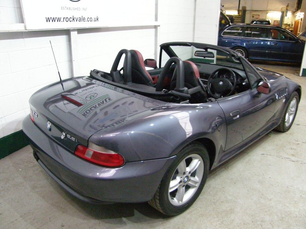 BMW Z SERIES 2.2 Z3 ROADSTER 2DR