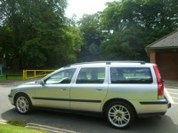 VOLVO V70 2.4 D5 SE 5DR Automatic