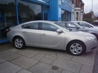 VAUXHALL INSIGNIA 2.0 EXCLUSIV CDTI 5DR Manual