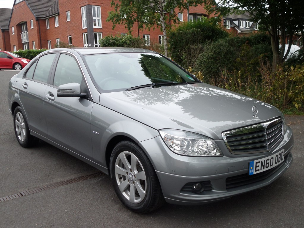 MERCEDES-BENZ C-CLASS 1.8 C180 CGI BLUEEFFICIENCY SE 4DR Automatic