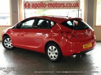 VAUXHALL ASTRA 1.6 EXCLUSIV 5DR Manual
