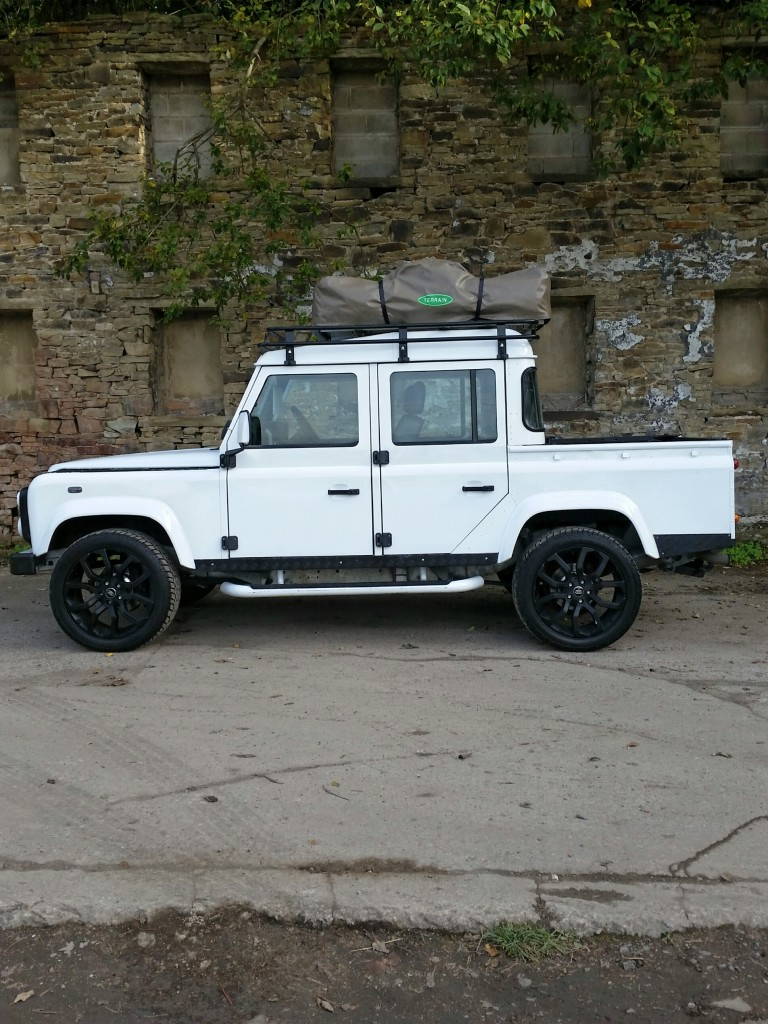 LAND ROVER DEFENDER 2.5 110 TD5 COUNTY DOUBLE CAB LWB