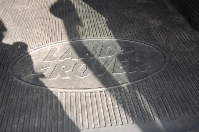 LAND ROVER DEFENDER 2.4 90 TD HARD TOP