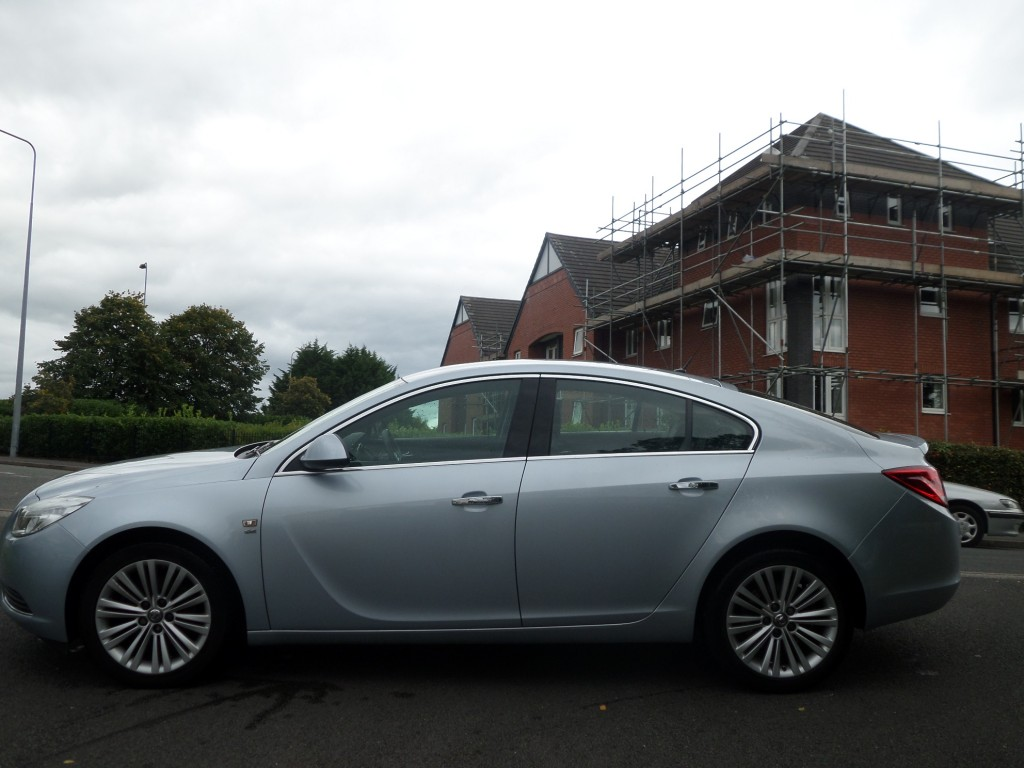 VAUXHALL INSIGNIA 2.0 SE CDTI 5DR AUTOMATIC