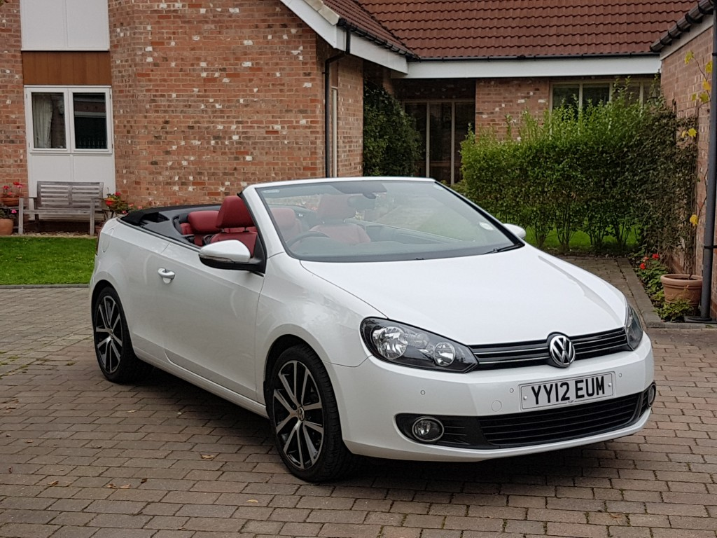 volkswagen golf 2 0 gt tdi bluemotion technology dsg automatic cabriolet for sale in bradford. Black Bedroom Furniture Sets. Home Design Ideas