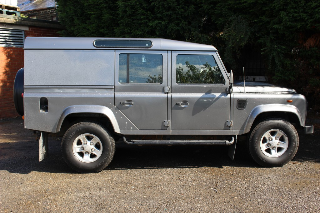 LAND ROVER DEFENDER  2.4 110 TDI COUNTY UTILITY WAGON DCB