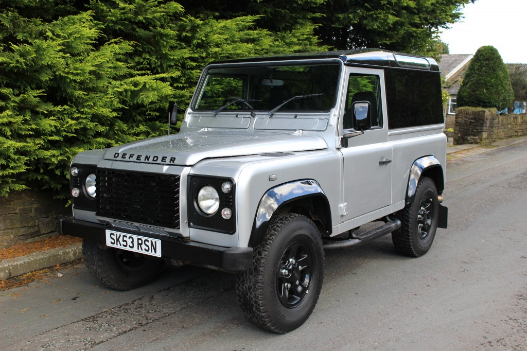 LAND ROVER DEFENDER 2.5 90 TD5 STATION WAGON 3DR