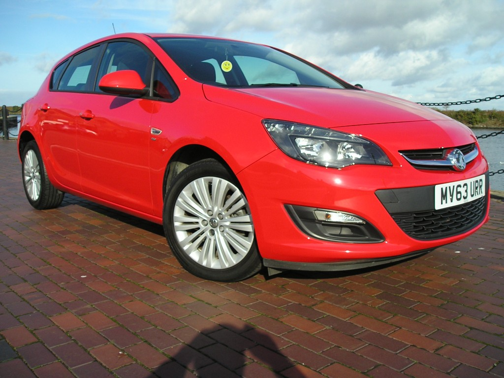 VAUXHALL ASTRA 1.6 ENERGY 5DR