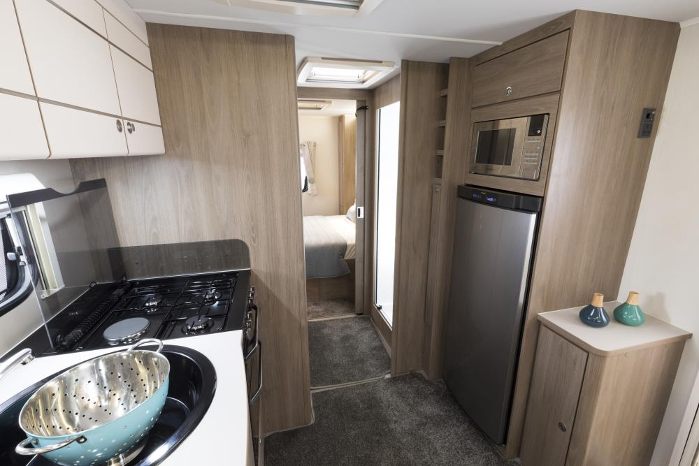 COMPASS CASITA 860  **LAST ONE FOR 2018**PLEASE CALL BEFORE VIEWING