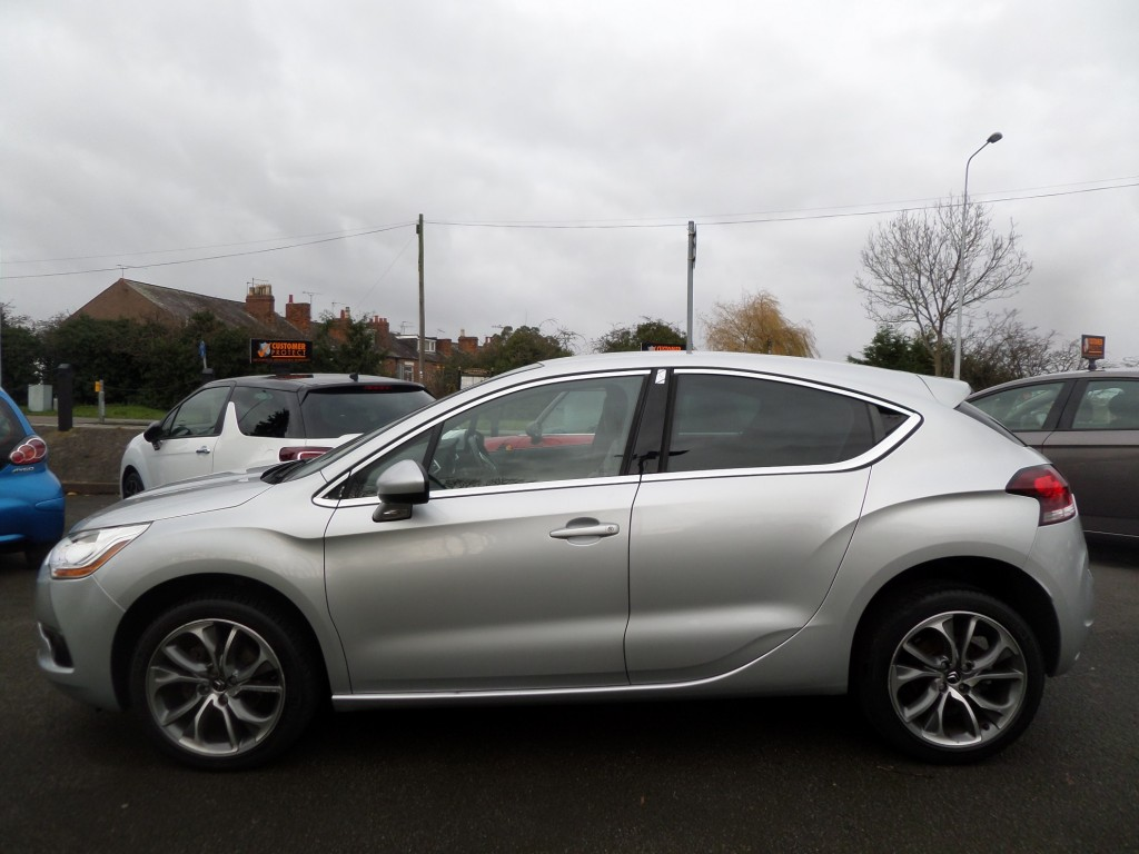 CITROEN DS4 1.6 HDI DSTYLE 5DR