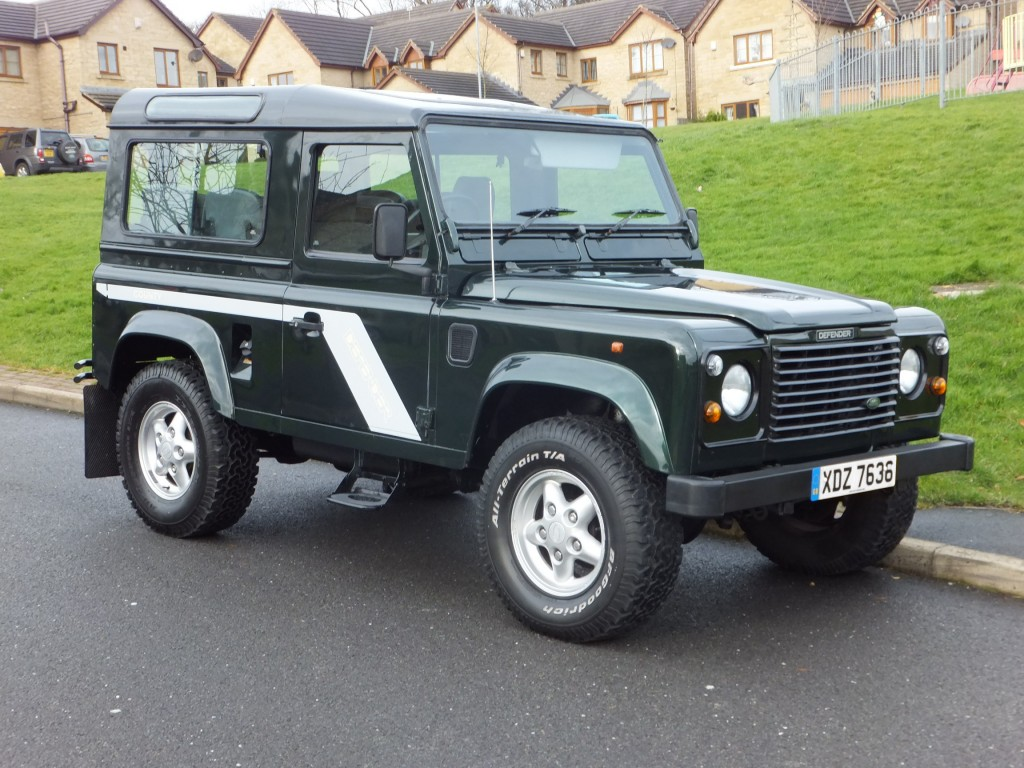 land rover defender 90 2 5 tdi 300 county station wagon 7 seats only 2 owners and 99k for sale. Black Bedroom Furniture Sets. Home Design Ideas