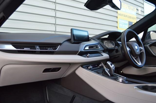 2015 (65) BMW I8 1.5 I8 2DR AUTOMATIC | <em>11,941 miles