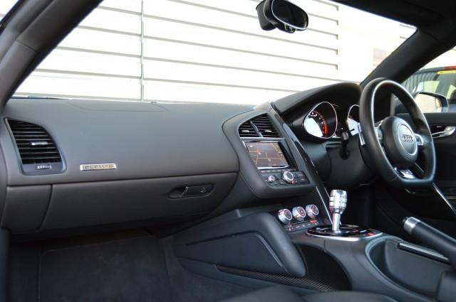 2014 (14) AUDI R8 5.2 V10 PLUS QUATTRO 2DR SEMI AUTOMATIC | <em>34,150 miles