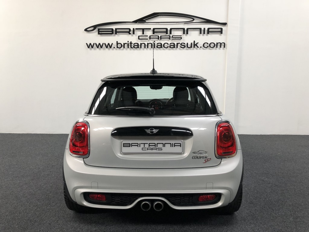 MINI HATCH 2.0 COOPER SD 3DR AUTOMATIC