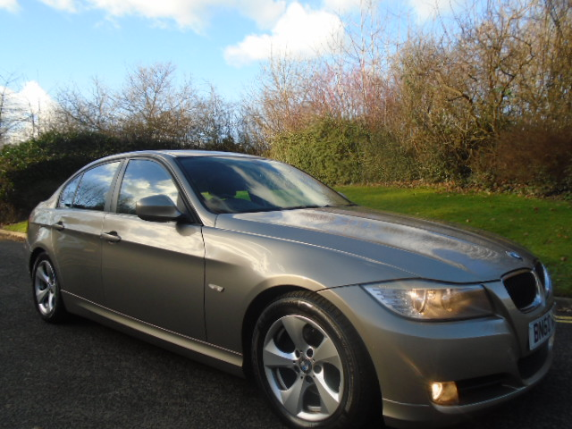 BMW 3 SERIES 2.0 320D EFFICIENTDYNAMICS 4DR For Sale in Stockport ...
