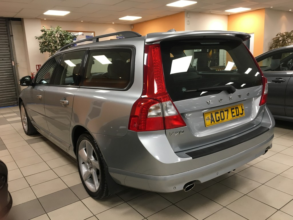 VOLVO V70 3.0 T6 SE SPORT 5DR AUTOMATIC