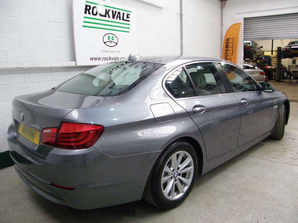 BMW 5 SERIES 3.0 523I SE 4DR