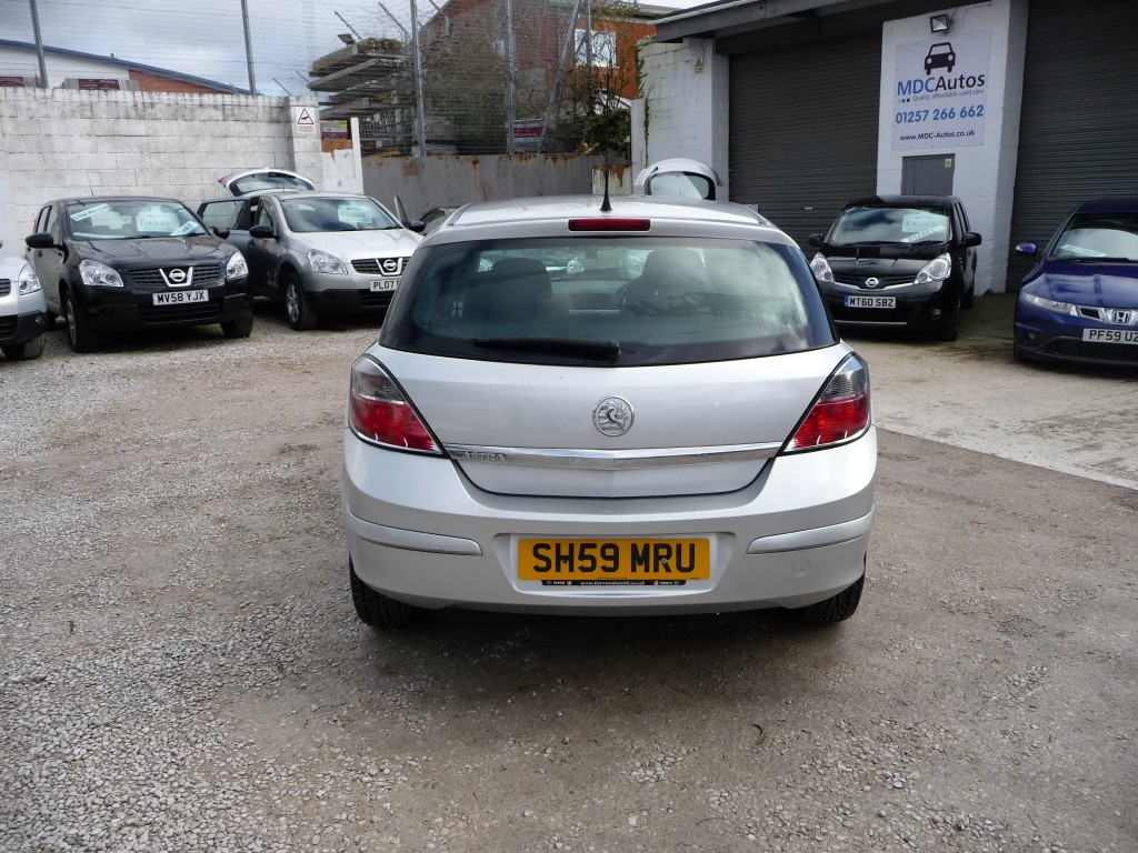 VAUXHALL ASTRA 1.4 ACTIVE 5DR
