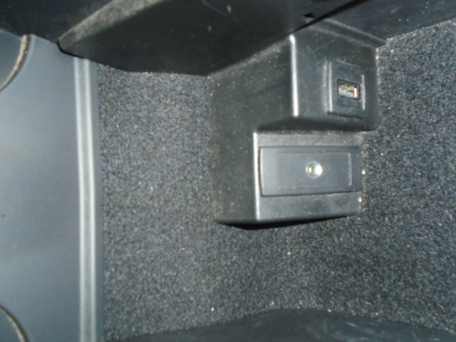 MERCEDES-BENZ C-CLASS 1.6 C180 BLUEEFFICIENCY AMG SPORT 4DR