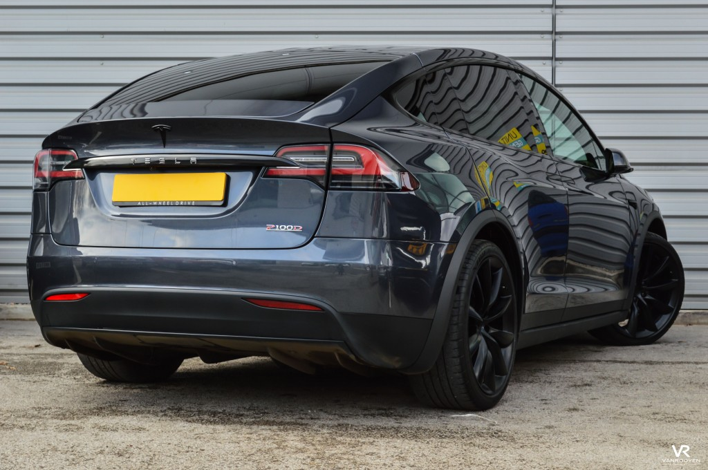 vr warrington tesla model x p100d 5dr automatic for sale in warrington vanrooyen. Black Bedroom Furniture Sets. Home Design Ideas