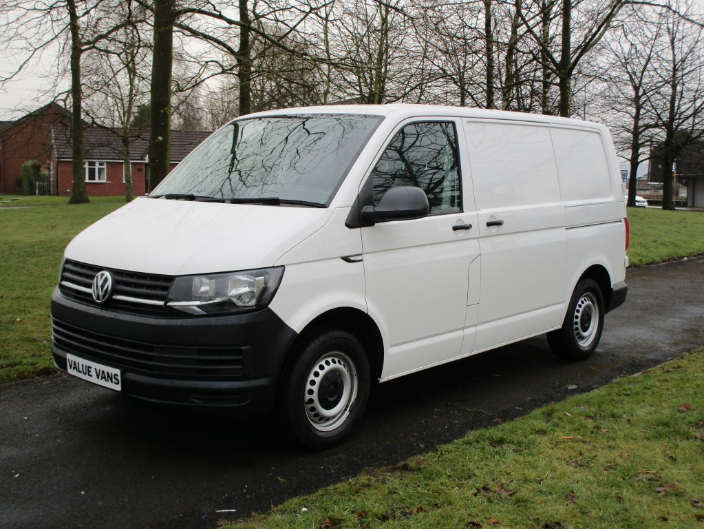 7b8d4f22c5 VOLKSWAGEN TRANSPORTER 2.0 T6 T28 TDI BLUEMOTION For Sale in Wigan ...