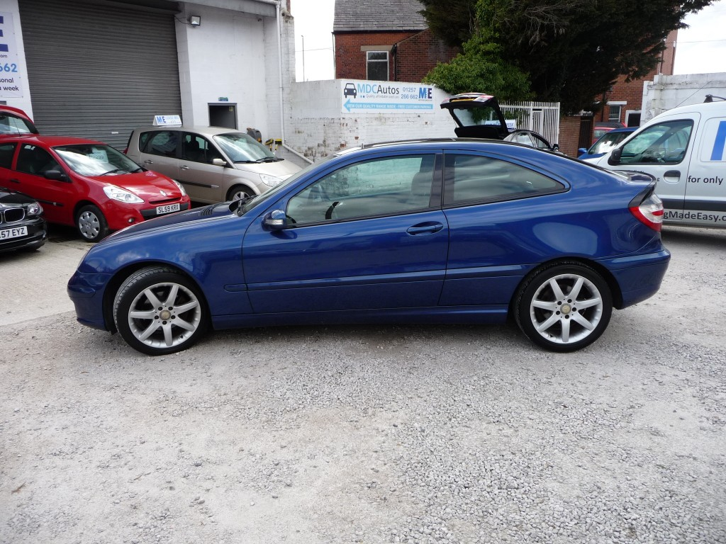 MERCEDES-BENZ C-CLASS 1.8 C180 KOMPRESSOR SE SPORTS 3DR AUTOMATIC