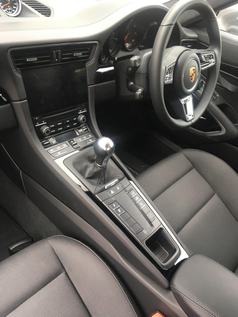 PORSCHE 911 COUPE  2DR