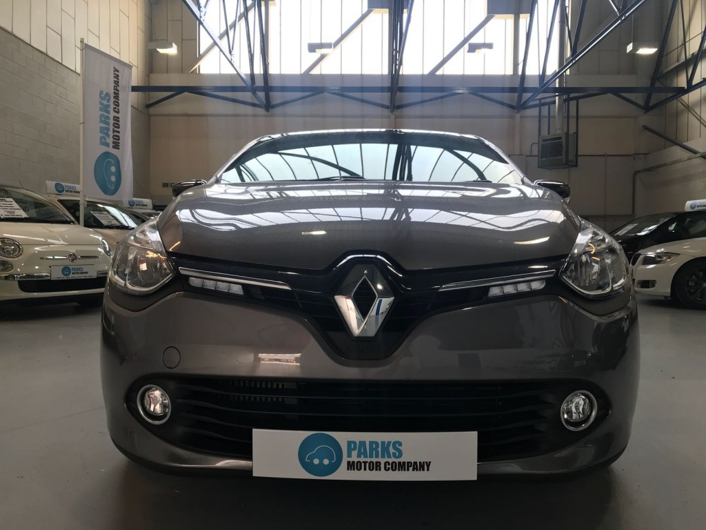 RENAULT CLIO 0.9 DYNAMIQUE S MEDIANAV ENERGY TCE S/S 5DR