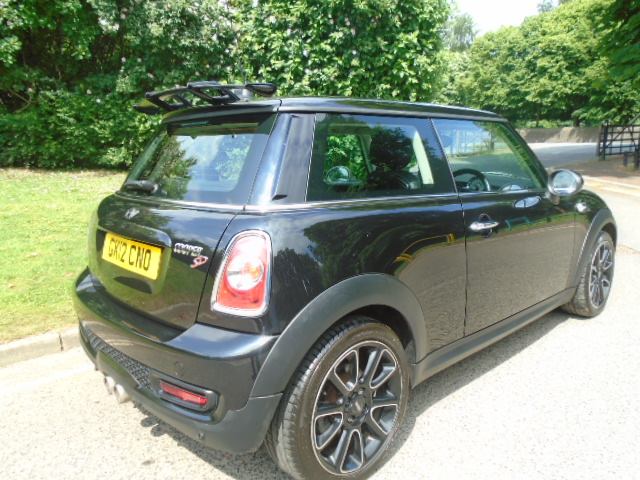 MINI HATCH 2.0 COOPER SD BAYSWATER 3DR