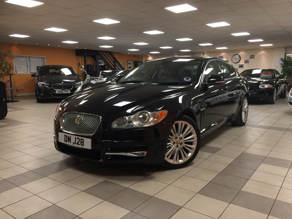 JAGUAR XF 3.0 V6 PREMIUM LUXURY 4DR AUTOMATIC